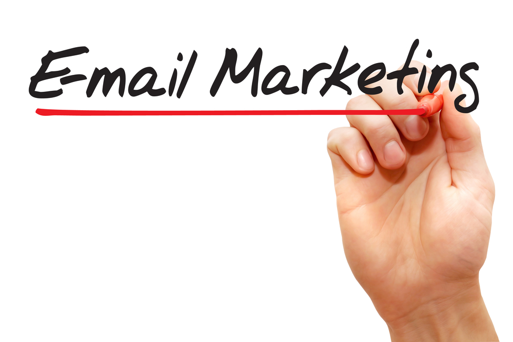 O que é marketing digital. Esta imagem esta no blog petroniooliveira.com na seção do post que fala sobre e-mail marketing